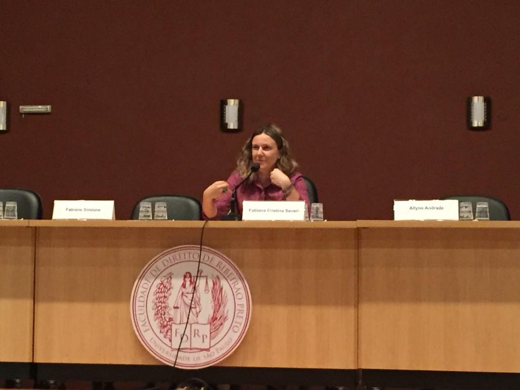 Professora Fabiana Cristina Severi
