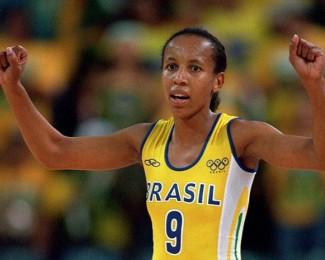 Janeth-Arcain-comemorando-vitoria-Brasil-640x480-Getty