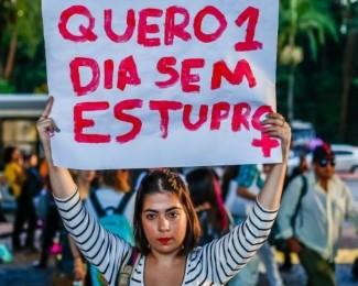 manifestacao-contra-estupro-na-av-paulista-1524752614295_v2_900x506