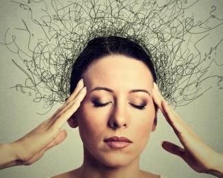 mulher-com-ansiedade-1140x651