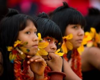 adolescente-indigena