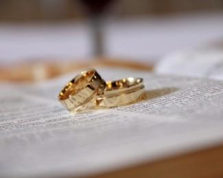 ef97281163b Mulher se divorcia em três minutos de casamento após marido chamá-la de   estúpida