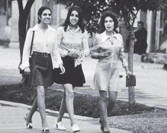"b893dedcd43 Debora Diniz  ""É injusto proibir meninas e mulheres de serem livres"""