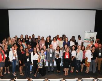 05.12.2019-Objetivo-do-encontro-foi-trocar-conhecimento-e-boas-práticas-sobre-empoderamento-feminino-e-do-enfrentamento-à-violência.-Foto-Divulgação-1200x785