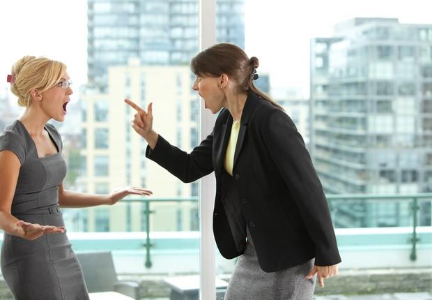 3 mitos sobre a rivalidade feminina no ambiente de trabalho